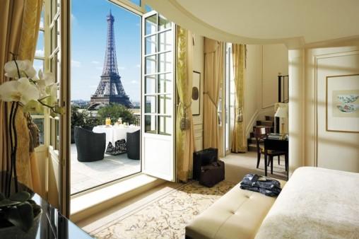 20 best romantic hotels in Paris
